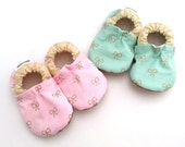 baby girl shoes, pink and gold, mint and gold soft sole shoes gift for girl booties with bows mint booties, baby moccasins, toddler slippers