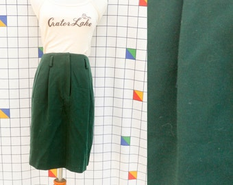 DKNY Emerald Green Wool Pleated Pencil Skirt 1990s Belt Loop Skirt with Pockets