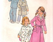 """Vintage 1975 Simplicity 7068 Child's Robe in Two Lengths & Pajamas Sewing Pattern Size 4 Chest Breast 23"""""""