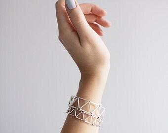 SALE 20% off!  Geometric bracelet. Dainty triangle bracelet. Silver plated minimalist bracelet.