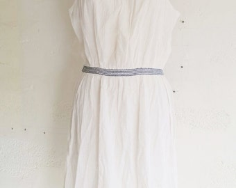 Vintage 70 light white summer dress