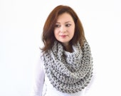 Chunky Infinity Scarf // The Dresden // in Grey Marble