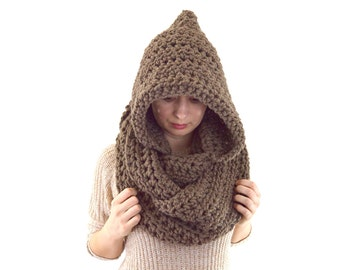 Chunky Hooded Infinity Scarf | The Wels