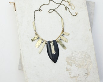 JARAWA necklace - brass and exotic wood