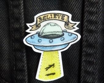 X-Files Brooch Alien Spaceship UFO Tattoo Shrink Plastic Hand-drawn