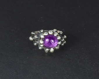 Amethyst Rain of Fortune Ring - Organic Sterling Silver Droplet Ring set with 10 mm Amethyst Cabochon
