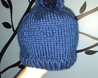 Hand-Knit Navy Blue Baby Beanie with Pom-Pom