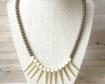 Spike Necklace in Matte Gold