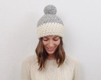 Chunky Knit Pom-Pom Hat Wool Two-Tone Knit Beanie  | THE OSLO