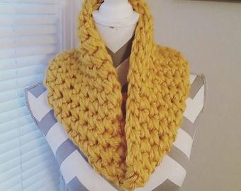 Super Chunky Crochet Cowl