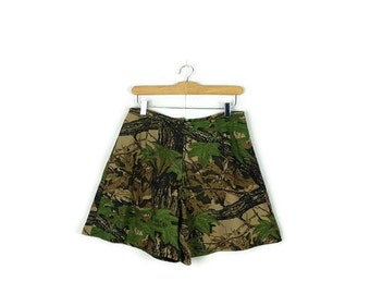 Vintage  Hunting Camouflage Pattern Cotton Flare Shorts from 90's/W28-30*