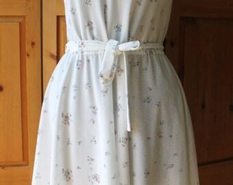 Vintage white floral sheer sleeveless sundress
