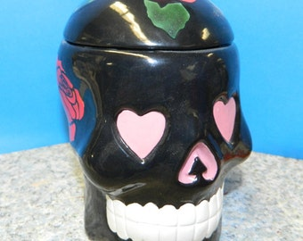 Ceramic Sugar Skull Box