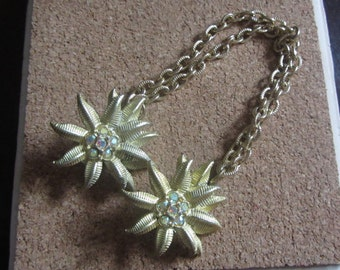 1950s gold flower sweater guard | 50's mid century classic sweater clips