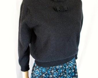 1950s Black Lambswool/Angora Pullover Sweater Bows Talbott Sz. M