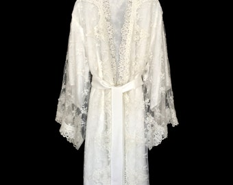 Lace robe, brides lace robe, getting ready robe, bridal robe, brides lace kimono robe, wedding day robe, lace kimono, bride kimono,