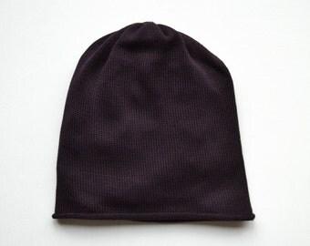 Knit cap merino without cuff, dark redwine color
