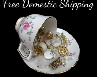 Upcycled Jewellery Decor, Jewelry Decor, Teacup Decor, Vanity Decor, Musical Teacup, Repurposed Teacup, Gift for Her Mom, Free US Shipping