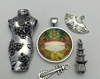 5  japanese charms and pendant collection antique silver # ENS A 239