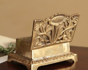 Vintage brass box with lid, small jewelry trinket box
