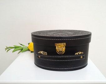 Sukkot Etrog Box, Dark Brown Pleather Etrog Box, Hebrew Monogram Sukkot Verse, Elegant Sukkot Judaica Holiday Gift