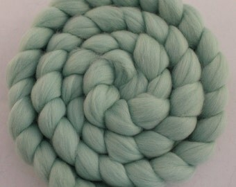 Merino combed top/roving braid in Mint - 2 oz