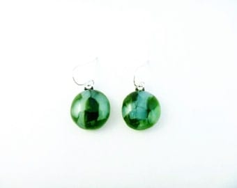 Recycled wine bottle earrings in green and frosted glass on sterling silver/Eco-friendly green and white glass kiln-fused circle earrings