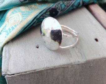 Boho Moon Ring. Full Moon Sterling Silver Gypsy Boho Ring. Hammered Domed Ring.