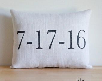 Date Pillow - Custom Burlap Pillow - Wedding Date Pillow - Anniversary Date Pillow - Engagement Date Pillow - Month, Day, Year Pillow