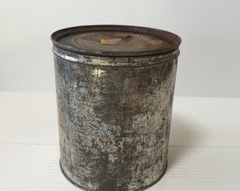 VINTAGE CRISCO CAN,Small tin can,vintage tin can,country decor,farmhouse decor,round can,tin can,worn tin can,large metal can,country decor