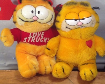 Love Struck Garfield Lot