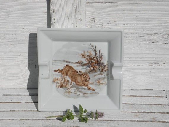 Vintage Limoges hare dish, French ashtray with hare, Limoges hare tray, vintage porcelain ashtray, animal ashtray, collectible Limoges
