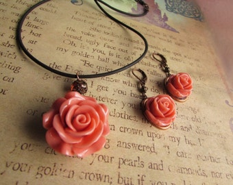 Rose necklace & earring set