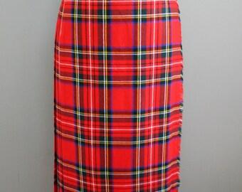 Wool Plaid Wrap Skirt - Flat Front - Pleated Black - Kilt-  Leather straps - By The Edinburgh Woolen Mill