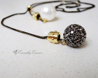 Pearl and crystal ball Long Necklace, Lariat  Necklace, Adjustable Y necklace, black and gold filled necklace, luxury necklace, JUPITER