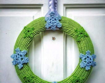 """Winter Holidays Decor Hand Knit Green Wreath with Crochet Silver Snowflakes 12"""" Winter Home Accents Christmas Door Wreath"""