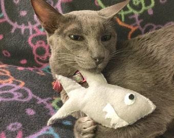 Cat Toy, Felt Shark Catnip Toy, Shark Cat Toy, Catnip Toys, Cat gifts, cat lover gift, Handmade Felt Catnip Toy, Organic Catnip
