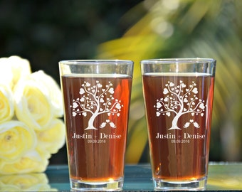Love Birds Pint Glass, Tree with Heart Pint Glass, Bride and Groom Pint Glasses, Mr and Mrs Pint Glasses, Wedding Toasting Glasses, Rustic