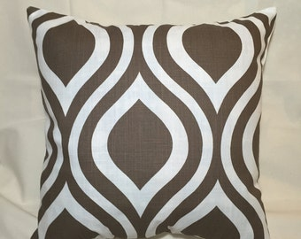 Pillow COVERs- Decorative Throw Pillow COVERS Brown and White Oval Pattern