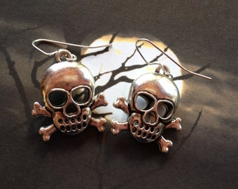 Halloween Jewelry, Halloween Earrings, Metal Skull Earrings