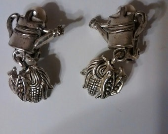 vintage clip on earrings, maker unknown, accessories, jewelry, earrings, clipon, gardening, kitsch