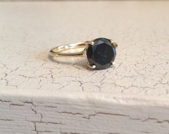 Vintage 14K Yellow Gold Black Diamond Solitaire Engagement Ring - Size 7