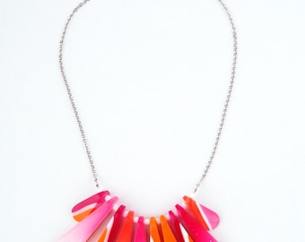 Choker, resin beads with pink and orange stripes_II