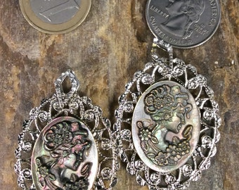 Shell Cameo Necklace, Black Abalone Cameo Pendant, Abalone Cameo Necklace, Shell Cameo Pendant, Cameo Jewelry, Vintage Look, Gothic Bridal