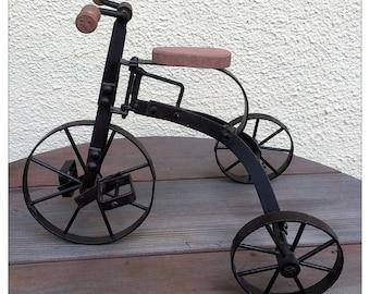 Metal Tricycle Toy Art Model