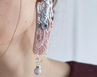 Mellow. melted plastic earrings with Swarovski pearl No 0305