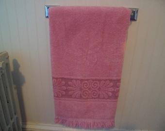 """Vintage 1980s Cannon Monticello Bath Towel 43 x 21"""" Rose Pink"""