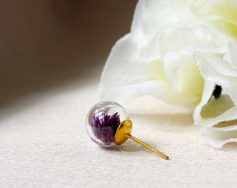 Orb / earring / purple / Lavender Pendant, Natural Dried Flower, Cool Stud Earring, Real Flower Earrings, Flora Jewelry, Gift for her