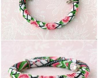 Seed bead necklace Rose flower necklace Bead crochet necklace Rose print Floral print Bead crochet rope MADE TO ORDER