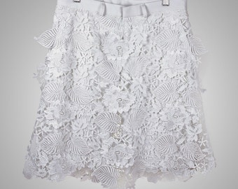 Shorts with Lace Panels Overlay